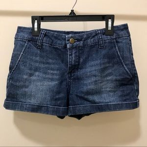 Forever 21 Mid-Rise Jean Shorts (SZ 28)